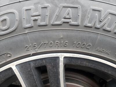 ハイエース-スタッドレスタイヤのサイズ