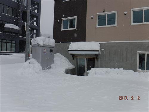 ロッジ・コロポックルー乾燥室側の出入り口