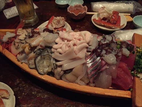 北海道すすきの-大漁居酒屋てっちゃんの刺身盛り