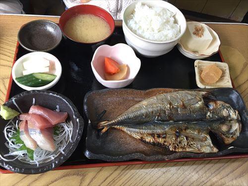 宇佐美のふしみ食堂の地元ごはん定食