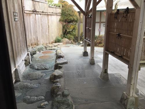 リゾートセンターみのりの露天風呂への道