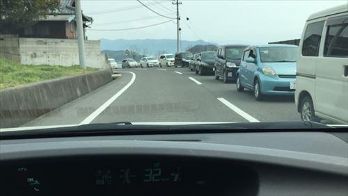 紫雲出山桜まつり-渋滞