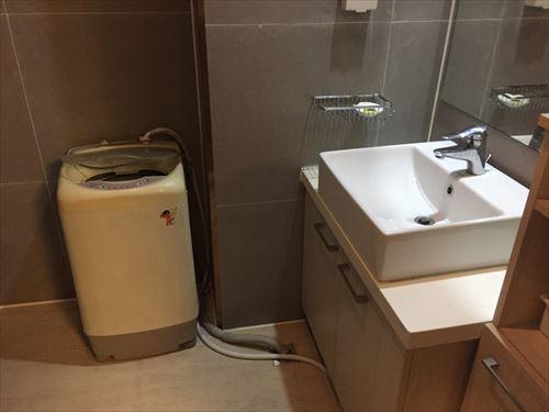 大連のホテルの洗濯機
