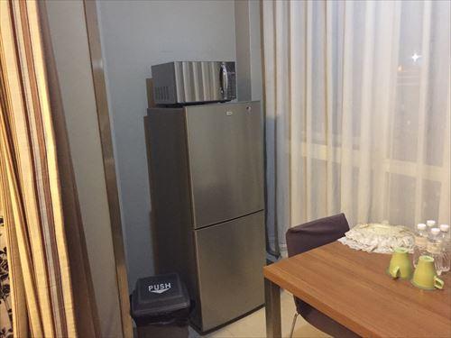 大連のホテルの部屋の冷蔵庫
