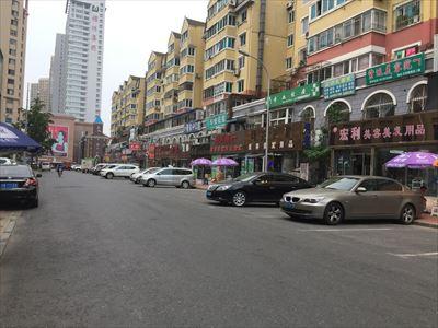 大連(中国)の飲食店街