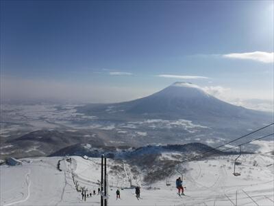 ニセコ・ヒラフのキング第4シングルリフトからの羊蹄山