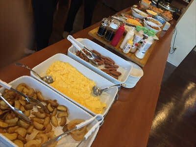 コロポックルの朝食バイキング