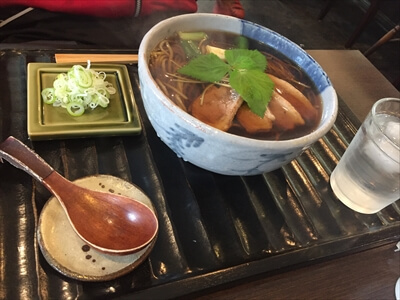 札幌の蕎麦屋『此花』の『かも南蛮そば』