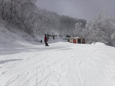 斑尾高原スキー場のガスった日の晴れ間