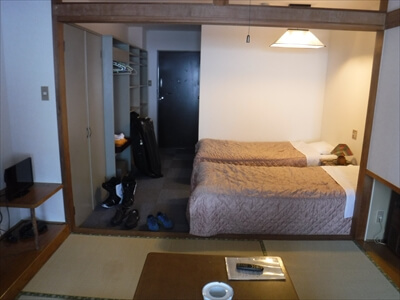 サンパティック斑尾の部屋のベッド