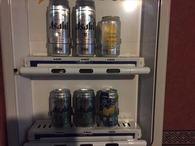 サンパティック斑尾-ビールの自販機