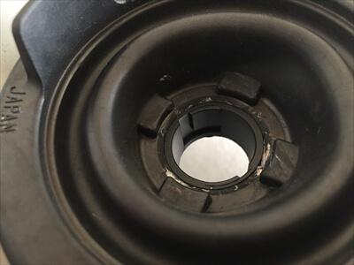 ハイエース200系3型ヘッドライトゴムカバー装着