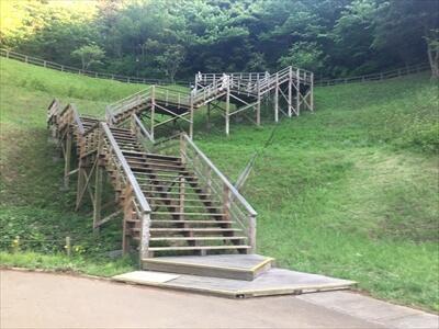 くりはま花の国の長い階段