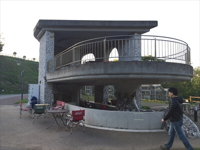 くりはま花の国のキッズガーデンの休憩所