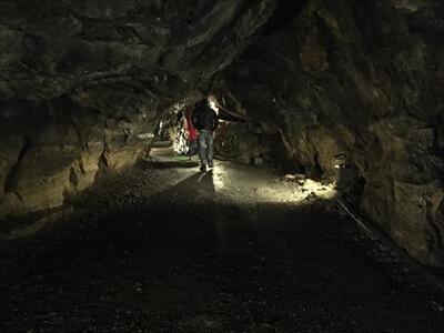 日原鍾乳洞内通路
