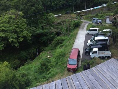 徳島県上勝町秘境バー『IRORI(いろり)』の駐車場