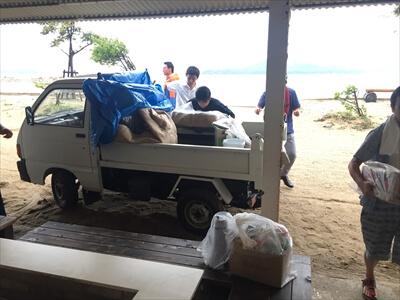 イベント機材&食料の搬入