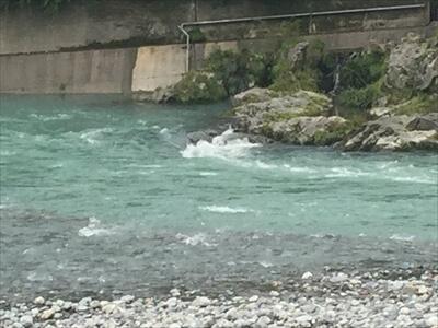 穴吹川の急流ポイント