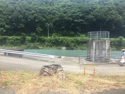 穴吹川-駐車場からのアクセス