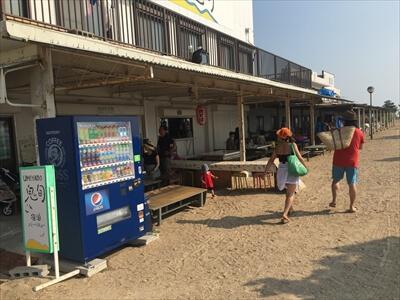 女木島の海の家『UMIYADO鬼旬』