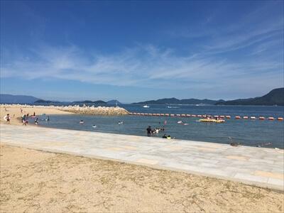 女木島の海水浴場