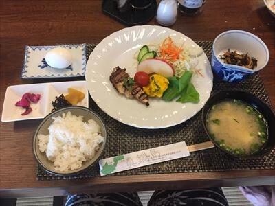 三虎の朝食