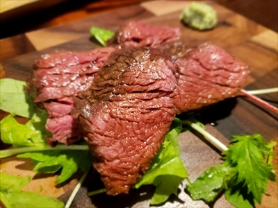 高松市『肉山』のカンガルー肉料理