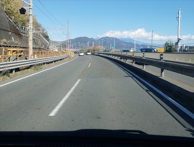 新東名高速からの富士山