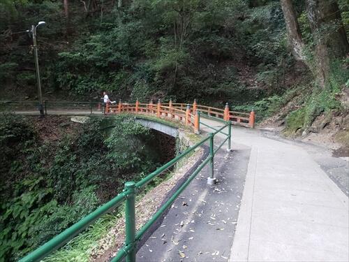 橋-奥社『厳魂神社』への道中