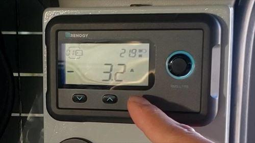 車載冷蔵庫の消費電力-ハイエース