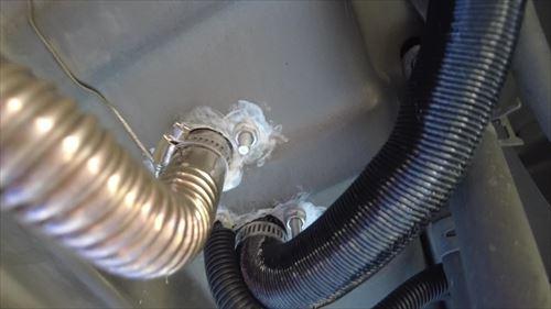 FFヒーターの配管周り-ハイエース